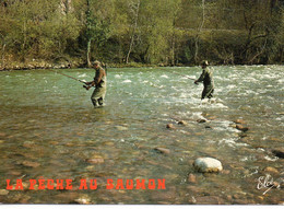 Pêche Au Saumon Pêcheurs à La Ligne Au Pays Basque - Pêche