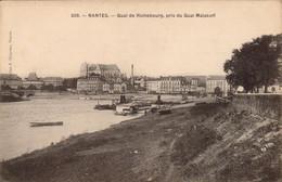 NANTES .  Cpa .  - Quai De Richebourg, Pris Du Quai Malakoff. (scans Recto-verso) - Nantes