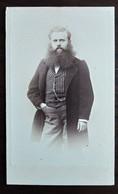 Photographie CDV - Homme Debout Très Grande Barbe - 1863 - Dos Muet - TBE - Alte (vor 1900)