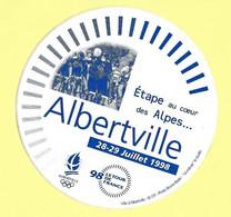AUTOCOLLANT STICKER - ALBERTVILLE - LE TOUR DE France - 28-29 JUILLET 1998 - ETAPE AU CŒUR DES ALPES - VÉLO - CYCLISME - Stickers