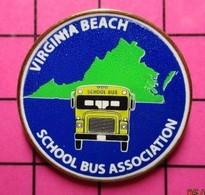 113b Pin's Pins / Beau Et Rare / THEME : TRANSPORTS / CAR SCOLAIRE USA SCHOOL BUS VIRGINIA BEACH SCHOOL BUS ASSOCIATION - Trasporti