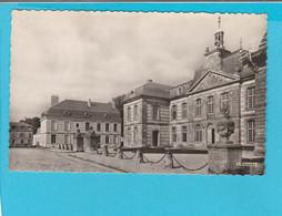 SAINT MENEHOULD HOTEL DE VILLE - Sainte-Menehould