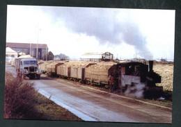 """Carte-photo Moderne """"Tramway De La Ligne Pithiviers-Toury - Usine Sucrerie De Toury - Années 50"""" - Sonstige Gemeinden"""