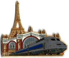 TGV  ATLANTIQUE - A42 - GARE DU NORD - Verso : DORE A L'OR FIN / PIN'S BALLARD COLLECTION - TGV