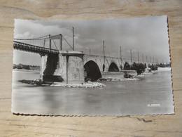 PONT SAINT ESPRIT : Le Pont Sur Le Rhone ............. 201101d-3768 - Pont-Saint-Esprit