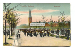 Aldershot, Yorkshire Regiment Marching In Road - 1911 Used Postcard, Pirbright Camp Postmark - Other