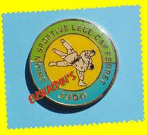 Pin's Judo, Union Sportive De LEGE CAP FERRET, Gironde - Judo