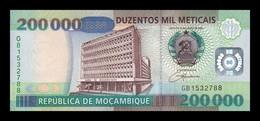 Mozambique 200000 Meticais 2003 Pick 141 SC UNC - Mozambique