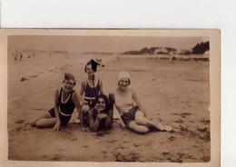CP - PHOTO - 23 -   LA PLAGE EN FAMILLE EN 1929  - - Photos