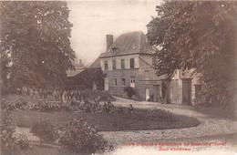 LE NEUBOURG - Ecole Pratique D'agriculture - Cour D'Honneur - Le Neubourg