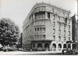 DIJON - HOTEL CENTRAL ET RESTAURANT DES DUCS DE BOURGOGNE - 100 CHAMBRES - LE PLUS MODERNE BAR AMERICAIN - Dijon