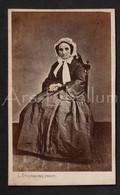 Photo-carte De Visite / Photo / CDV / Femme / Woman / Vrouw / 2 Scans / Photographe / Duchatel / Tournai / Doornik - Old (before 1900)