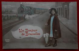 CPA Fantaisie 1913 - Un Bonjour De Bruxelles - Fillette Et Train En Gare - Other
