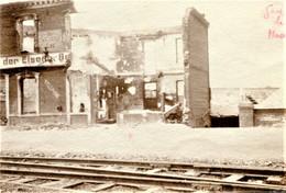 PHOTO FRANCAISE -  LES RUINES DE LA GARE DE HAM PRES DE MUILLE VILLETTE SOMME 1917 - GUERRE 1914 - 1918 - 1914-18