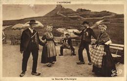 L'AUVERGNE  La Bourrée D'Auvergne Au Sommet Du Puy De Dome RV - Auvergne Types D'Auvergne