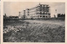 80100 ABBEVILLE - LOT DE 4 PHOTOS ORIGINALES EXTENSION LYCEE BOUCHER DE PERTHES En AVRIL 1951 - Lugares