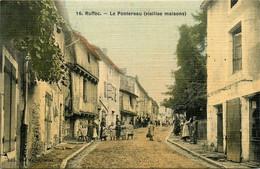 Ruffec * Quartier Village Le Pontereau * Villageois * Cpa Toilée Colorisée - Ruffec