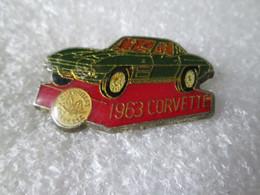 PIN'S   CORVETTE  1963  VERTE - Corvette