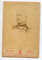 PHOTOGRAPHIE 0261 MILITARIA Officier Supérieur Médailles  1880 Portrait E Flamant 1 Rue Brongniart Dim 13,5 Cm X 9, 8 - Other
