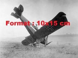 Reproduction Photographie Ancienne D'un Avion Hannover CL.III écrasé Dans La Forêt D'Argonne En 1918 - Reproductions