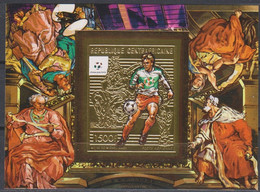 Soccer World Cup 1990 - SPACE - C.-AFRICA - S/S Gold Imp. MNH - 1990 – Italia