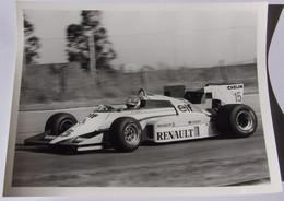 Formule I - Patrick TAMBAY Sur Renault - Elf - 1984 - Car Racing - F1