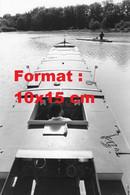 Reproduction Photographie Ancienne élève Dans Une Péniche Au Centre De Formation De Pilotage Maritime De Port-Revel - Reproductions
