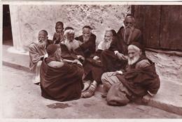 ISRAEL  - Groupe D'Israélites  Devisant - Israel