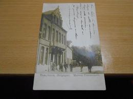 TEMPLEUVE   Maison Communale  Fortement Animée  Circulée En 1905 - Tournai