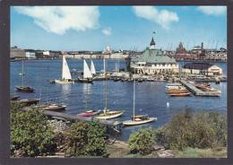 Finlande  HELSINKI   Le Port Du Sud  10x15   2 Scans - Finland