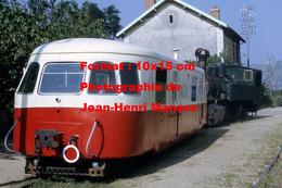 ReproductionPhotographie De Deux Locomotives CFV à Tournon En 1969 - Reproductions