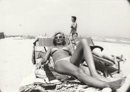 11528.  Fotografia Vintage Donna Femme Costume Mare Foto Aa '60 Italia - 12,5x9 - Persone Anonimi