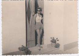 11533.  Fotografia Vintage Donna Femme Costume Pantaloncini Short Foto Aa '60 Italia - 12,5x9 - Persone Anonimi