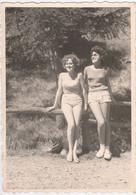 11529.  Fotografia Vintage Donne Femme Pantaloncini Short Foto 1960 Fenestrelle M. Rosa Torino - 12,5x9 - Persone Anonimi