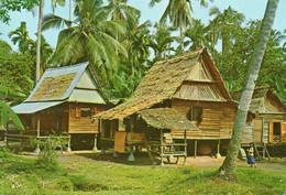 ~~ Malacca - A Malay Kampong House ( Nice Stamps) - Malaysia