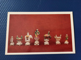 JEU - ECHECS - CHESS - ECHECS - Chessmen, Porcelain Chess Figures, Hermitage - Old Postcard 1982 - Chess