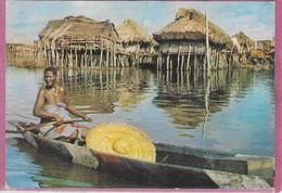 DAHOMEY - Village Lacustre ( Publicité Au Dos ) - Dahomey
