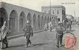 Pays Div- Ref Y327- Libye - Tripoli - Una Via Di Tripoli -/ Etat : Tout Petit Et Leger Pli Coin Haut Gauche - - Libya