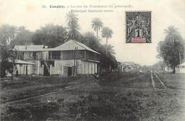 Pays Div- Ref Y324- Guinée - Conakry - La Rue Du Commerce - - French Guinea