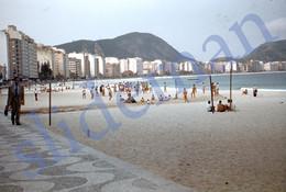 2 SLIDES 1949 COPACABANA BEACH RIO JANEIRO BRASIL BRAZIL AMERICA 35mm PHOTO FOTO N15 - Diapositives (slides)