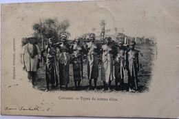 CONAKRY TYPES DE JEUNES FILLES - Guinea