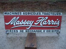 PLAQUE MASSEY-HARRIS , Tracteur Agricole - Plaques En Tôle (après 1960)