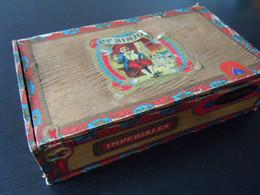 Op Sinjoor Op Sinjoorke Opsinjoorke Imperiales Houten Kist Voor Sigaren Boïte En Bois Pour Cigares 23,5 X 13,5 X 6,1 Cm - Scatola Di Sigari (vuote)