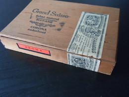 Grand Suisse Havane Aroma Corona Cederhout Houten Kist Voor Sigaren Boïte En Bois Pour Cigares 21,7 X 14,7 X 3,9 Cm - Scatola Di Sigari (vuote)
