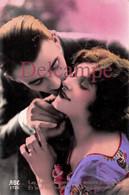 CPA Fantaisie - Couple Amoureux - Baiser Amour - Couples