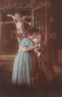 CPA Fantaisie - Couple Amoureux Et Ange Cupidon - 1918 - Angeles