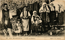 CPA AK MONASTIR BITOLA Famille Macedonienne MACEDONIA SERBIA (709373) - Macedonia