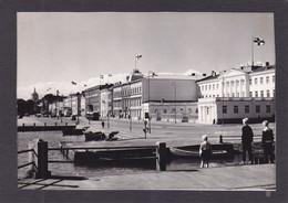 Finlande  HELSINKI  Un Aspect De La Ville   10x15   2 Scans - Finland
