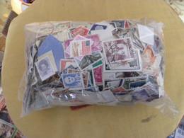 Vrac 250g Tous Pays Et Tous Etats à Trier - Lots & Kiloware (mixtures) - Max. 999 Stamps