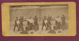 100421B - PHOTO STEREO SPORT ESCRIME DUEL GENDARME - Stereoscopic